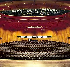 csm_10-Duesseldorfer-Schauspielhaus-DE_dac86e509c.jpg