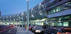 csm_10-Flughafen-Duesseldorf-DE_16f8058b8b.jpg